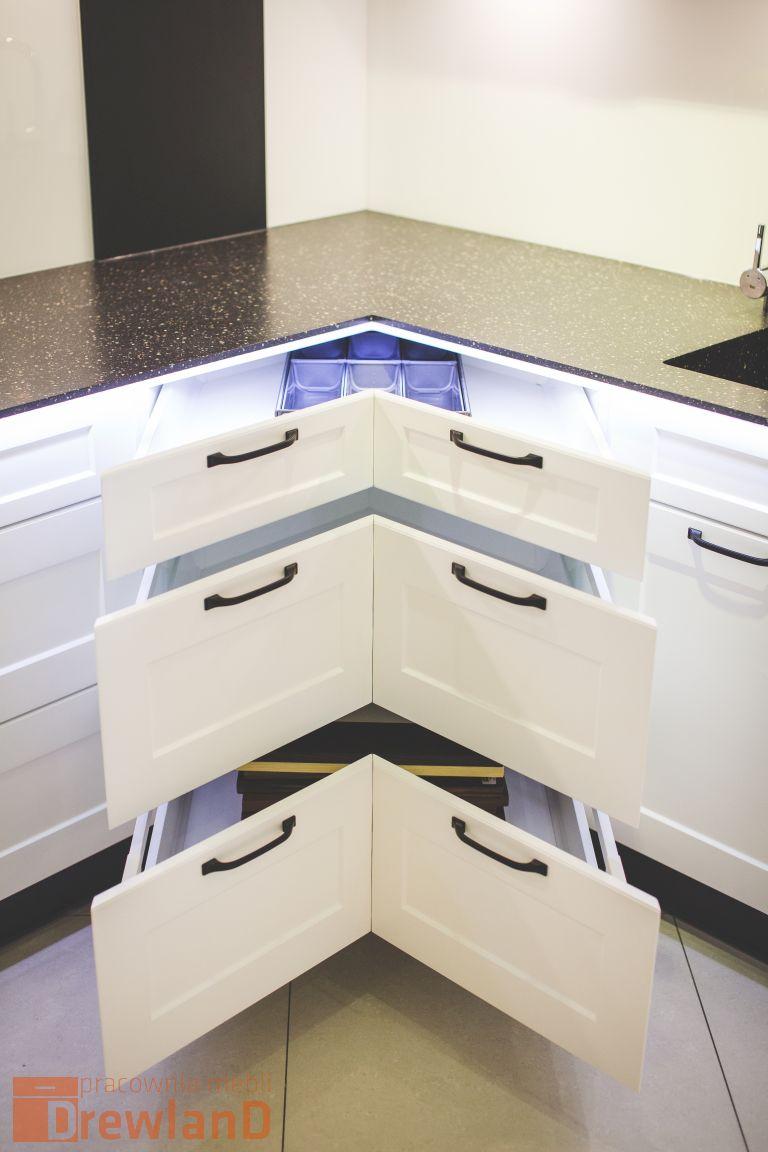 Jak zapewnić porządek w kuchni blum